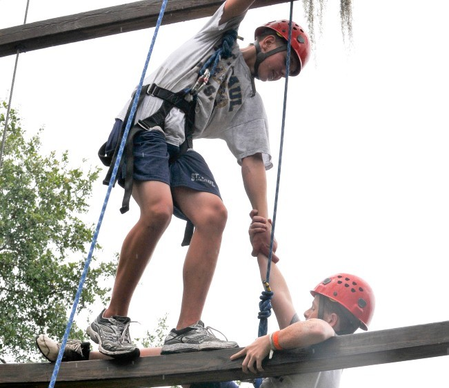 High Ropes Challenge Course Duo Dangle